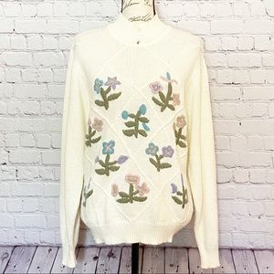 Alfred Dunner Vintage White Embroidered Sweater